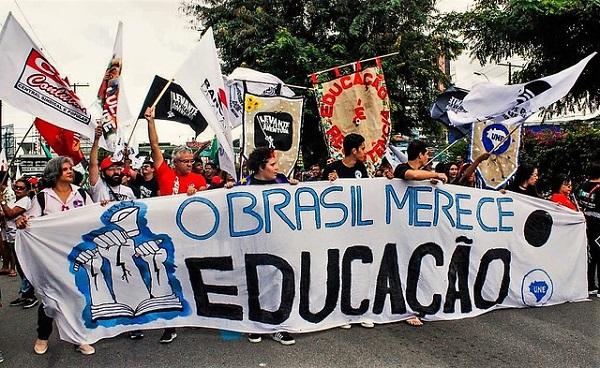 Brasil_De_Fato.jpg - 147,16 kB